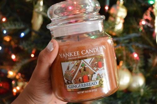 Vánoční svíčka Yankee Candle.   Zdroj: Weheartit.com