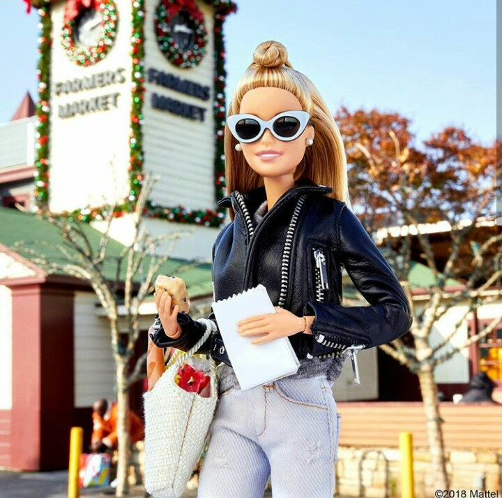 Barbie. Zdroj fotky: Weheartit.com